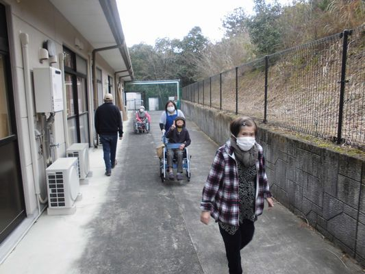 3/14 朝の散歩_a0154110_13050687.jpg