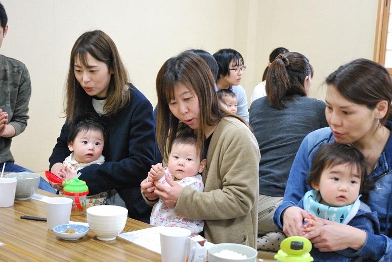 赤ちゃんの月まいり 31弥生_f0067122_14084328.jpg