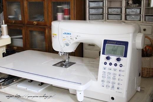 新しい職業用ミシン『JUKI SL-700EX』厚地縫いも新機能も感動この上ないです!_f0023333_22075402.jpg
