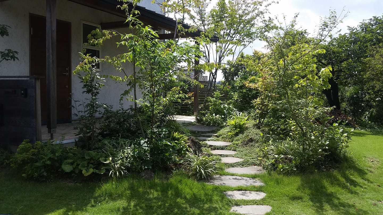 四季を感じる庭 吉見の家_d0080906_17244439.jpg