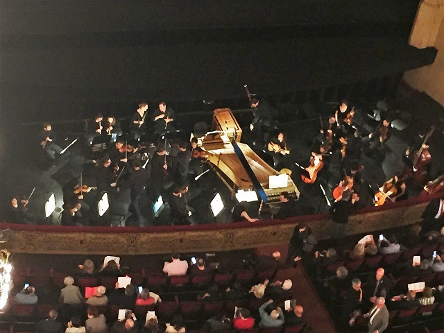 リセウ劇場でヘンデルの「ロデリンダ」を観る_b0064411_04234465.jpg