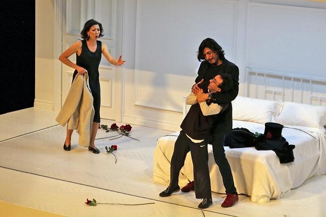 リセウ劇場でヘンデルの「ロデリンダ」を観る_b0064411_04544035.jpg