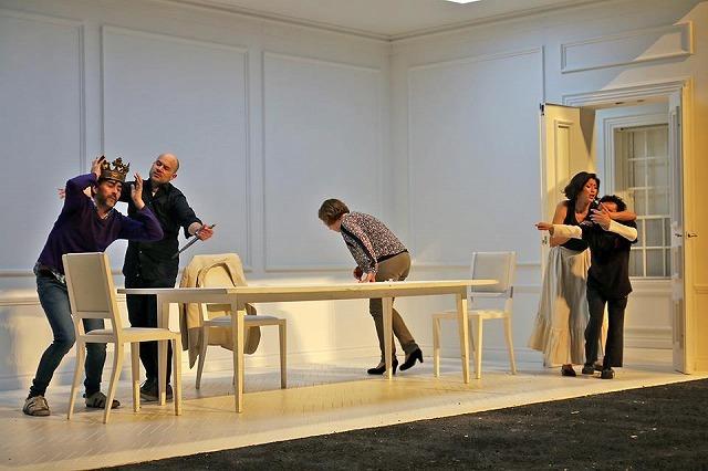 リセウ劇場でヘンデルの「ロデリンダ」を観る_b0064411_05592423.jpg