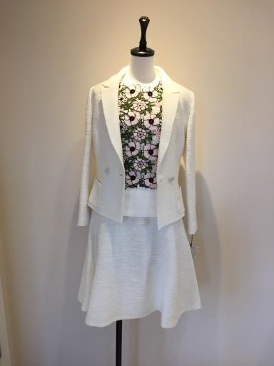 綺麗な色のスーツ_c0223630_17363961.jpg