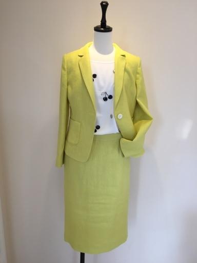 綺麗な色のスーツ_c0223630_17391516.jpg