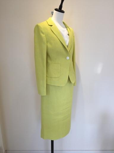 綺麗な色のスーツ_c0223630_17404567.jpg