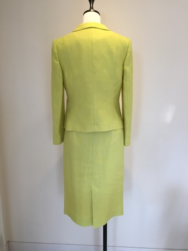 綺麗な色のスーツ_c0223630_17420467.jpg