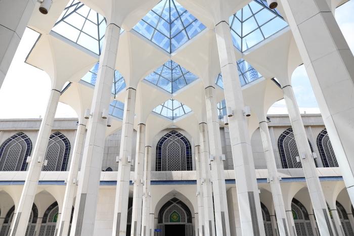 【スルタン・サラフディン・アブドゥル・アジズ・シャー・モスク】マレーシア旅行 - 15 -_f0348831_18322453.jpg