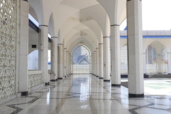 【スルタン・サラフディン・アブドゥル・アジズ・シャー・モスク】マレーシア旅行 - 15 -_f0348831_18322466.jpg