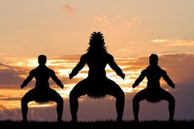 Hawaiian Boyz/ハワイアン・ボーイズ、マオリの戦士のハカ・ダンスを舞う。_c0109850_11385991.jpg