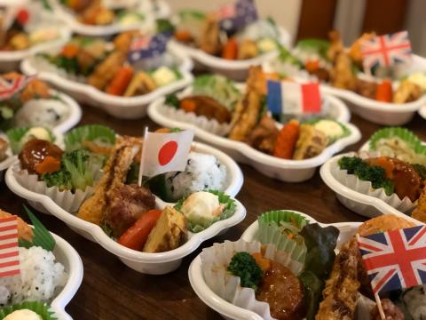 幼稚園謝恩会のお弁当。_e0230154_12111442.jpg