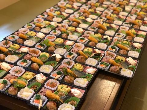 幼稚園謝恩会のお弁当。_e0230154_12112711.jpg