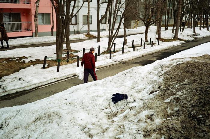 雪融けで姿を現したもの_c0182775_179257.jpg