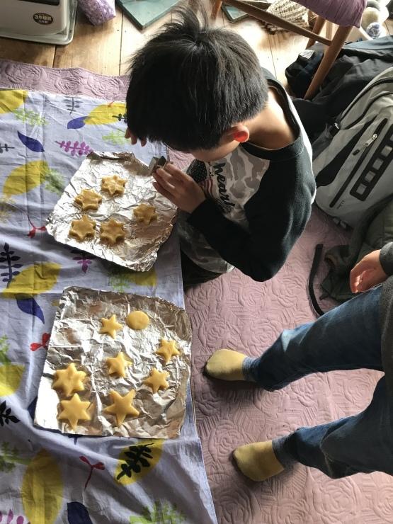 ホットケーキミックスでクッキー作り_c0100195_10210931.jpeg