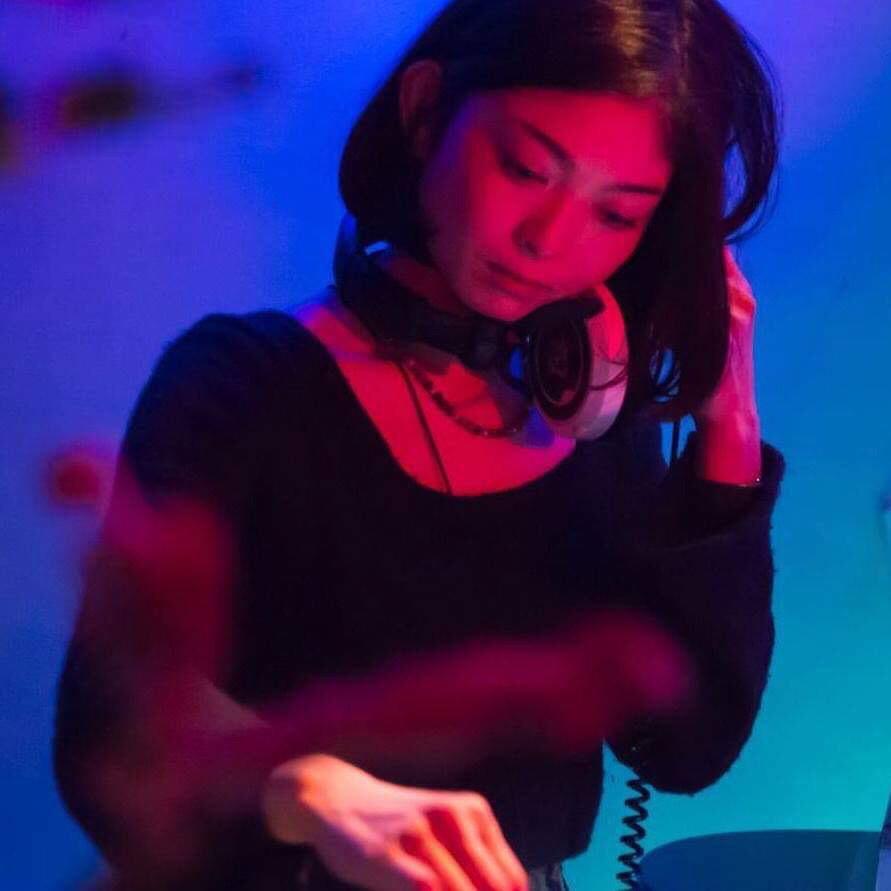 M.RUX & Martha van Straaten Japan Tour '19 4月14日 日曜 江の島CurryDiner OPPA-LA Mamazu/7eを招いてサンセットパーティー&#1_d0106911_13073671.jpg