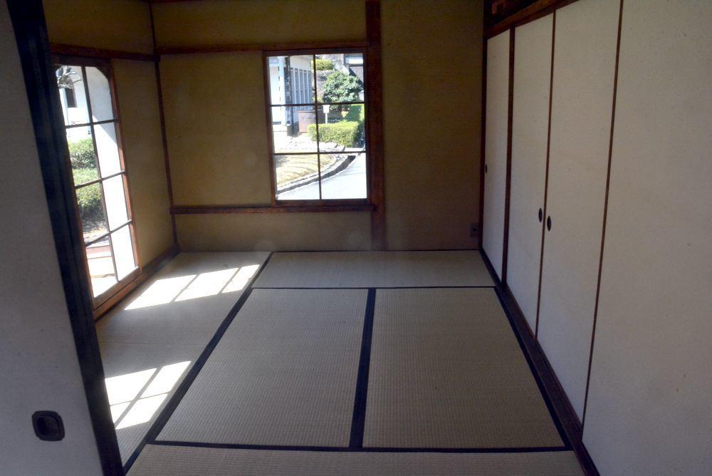 清水医院 二階その1_e0373930_08191567.jpg