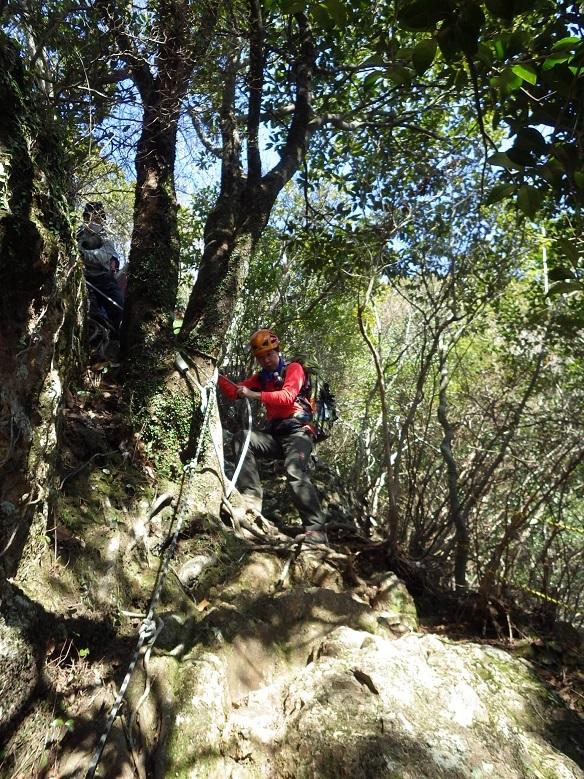 やまびこ会オフ会・・多良岳のはずが経ヶ岳へ_e0164643_16542567.jpg