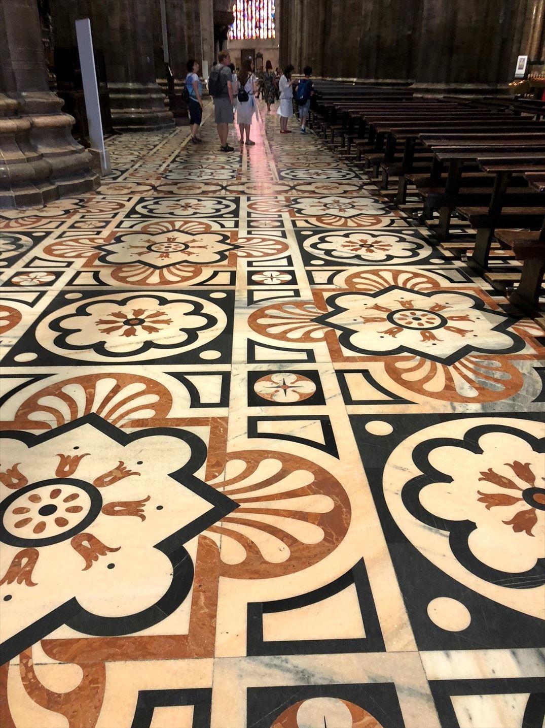シチリア/44  荘厳なミラノ大聖堂 Ⅱ_a0092659_19034805.jpg