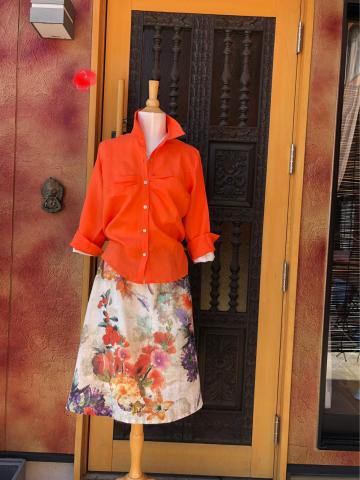 「T\'IKA夏ふく」シリーズ入荷!麻のお花柄スカート・麻のジャケット・山繭シルクのロングジャケット_d0187468_16181172.jpg