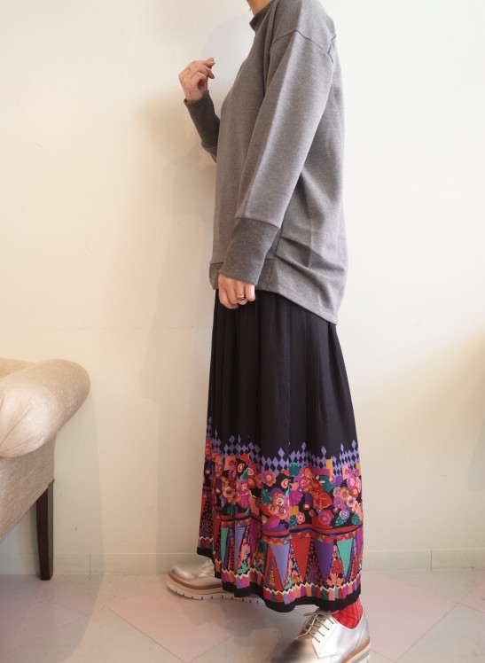 From Vintage Room☆Vintage Skirt☆_e0269968_19021321.jpg