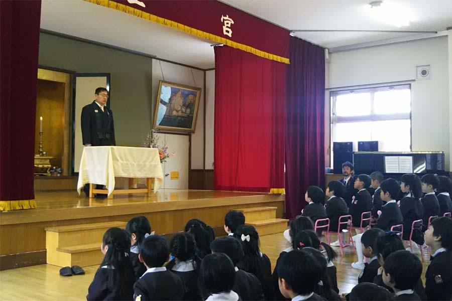 第二幼稚園の「卒園式・修了式」でした。_d0353789_09373403.jpg