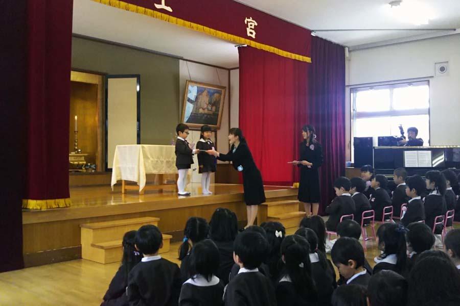 第二幼稚園の「卒園式・修了式」でした。_d0353789_09374583.jpg