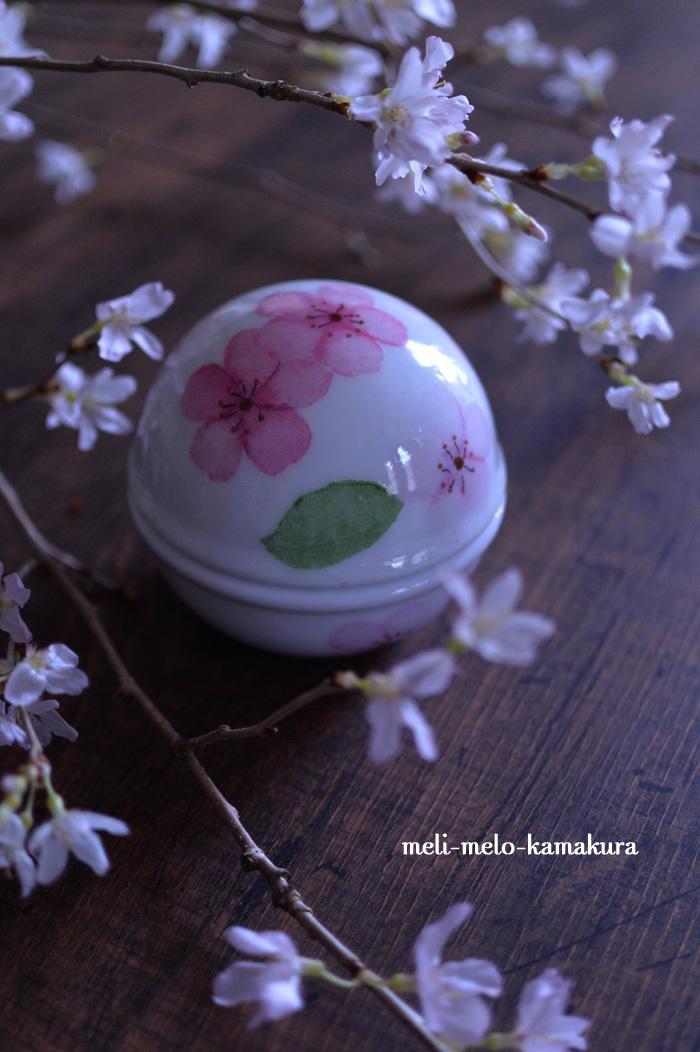 ◆デコパージュ*桜の季節に♪まんまるつやつやのボンボニエール_f0251032_14165229.jpg