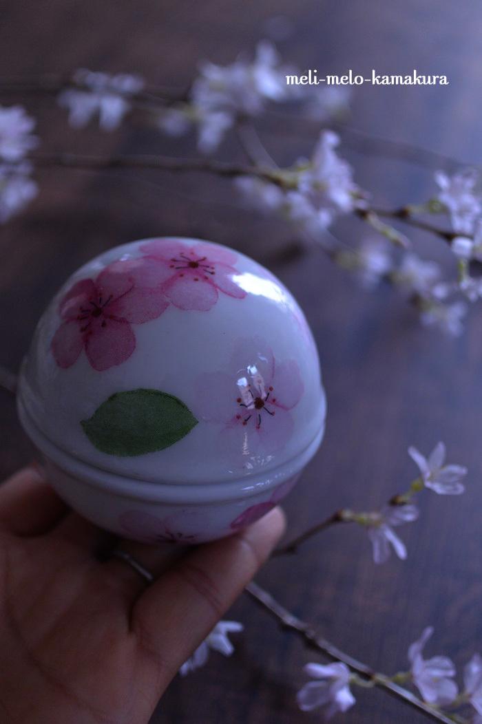 ◆デコパージュ*桜の季節に♪まんまるつやつやのボンボニエール_f0251032_14214544.jpg