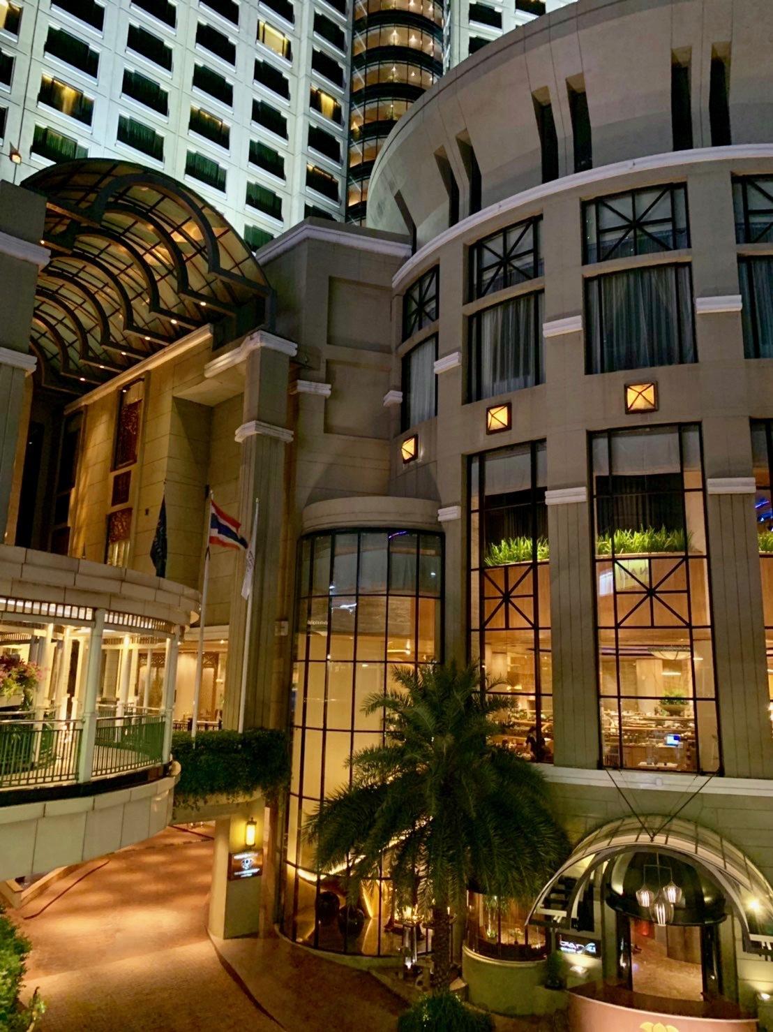 ホテルでプールを楽しむ_b0325640_21213922.jpg
