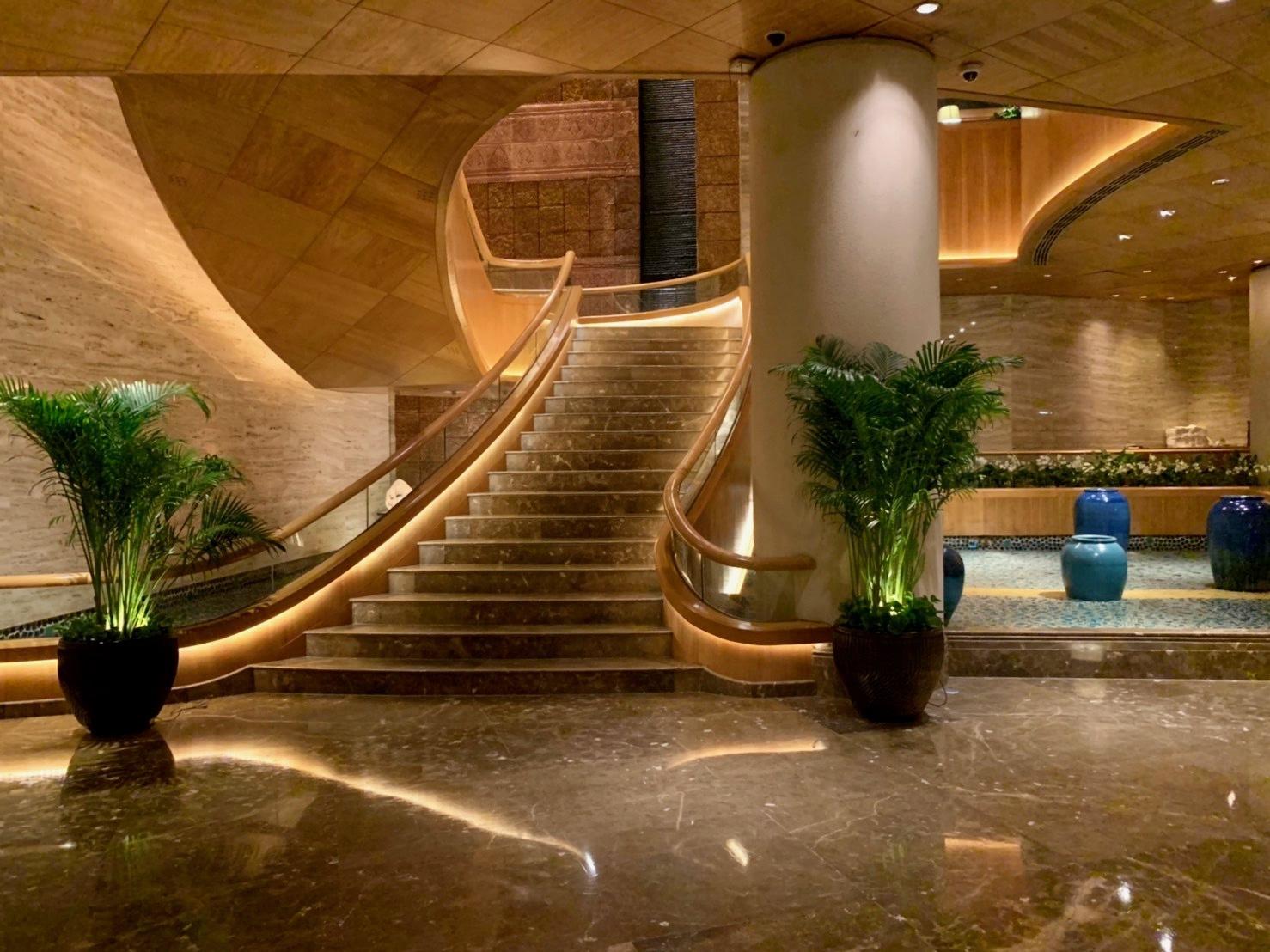 ホテルでプールを楽しむ_b0325640_21220548.jpg