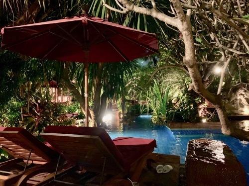 ホテルでプールを楽しむ_b0325640_21292114.jpg
