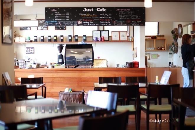 ジャストカフェ(JUST CAFE)~ゆっくりと朝食を~_e0227942_23360012.jpg