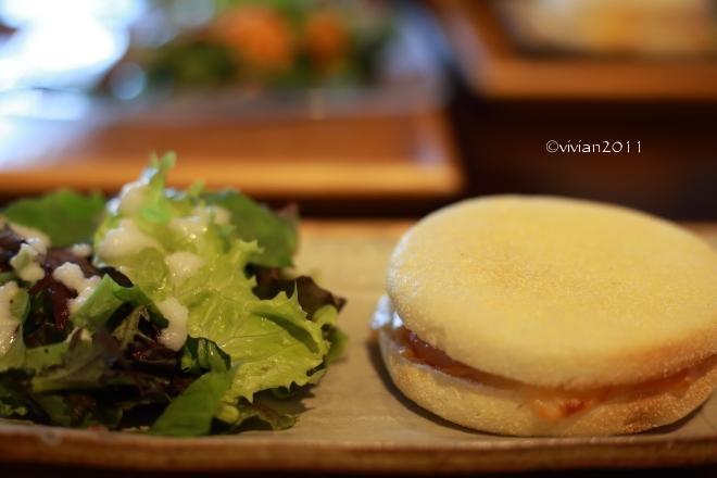 ジャストカフェ(JUST CAFE)~ゆっくりと朝食を~_e0227942_23422894.jpg
