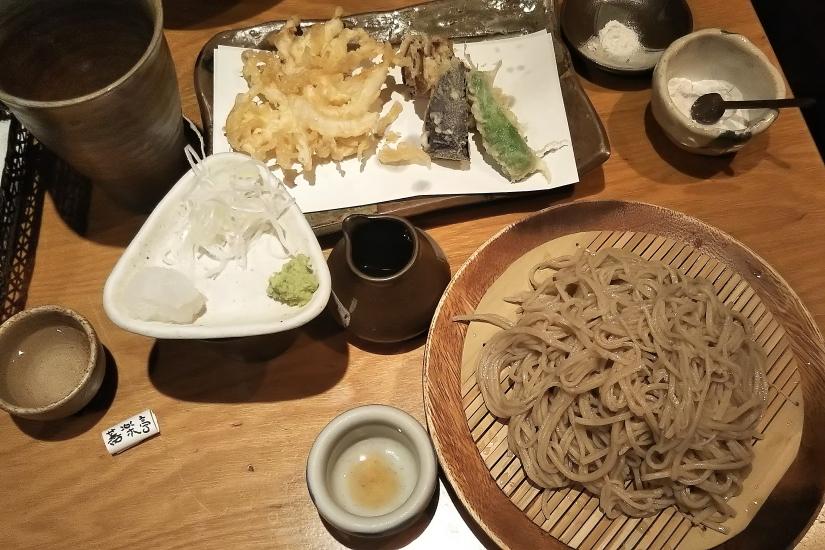 桜と菜の花と黒い機関車 - 2017年・小湊鉄道 -_b0190710_23173816.jpg