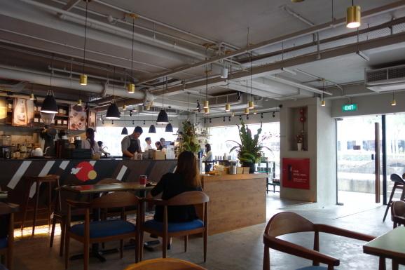 シンガポール2019 MELLOWER COFFEEさんでデザート_e0230011_17490060.jpg