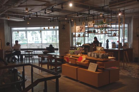 シンガポール2019 MELLOWER COFFEEさんでデザート_e0230011_17494605.jpg