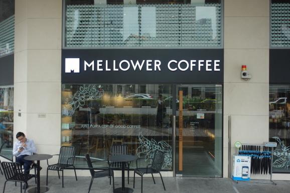 シンガポール2019 MELLOWER COFFEEさんでデザート_e0230011_17505015.jpg