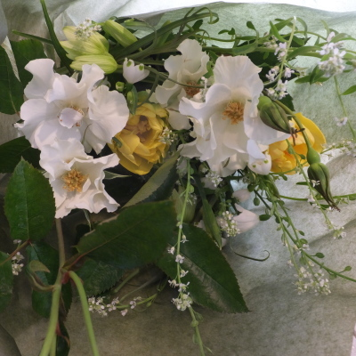 オークリーフ花の教室(落合さんの作品)_f0049672_19552127.jpg