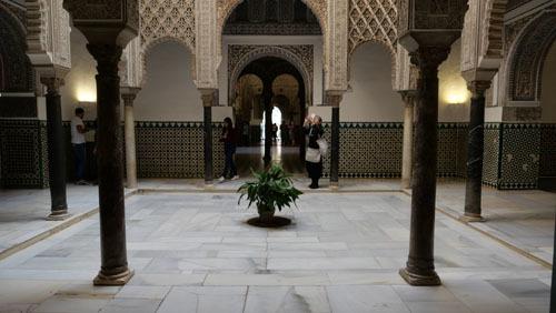 スペインのイスラム建築1_a0166284_19060190.jpg