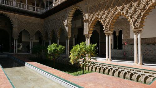 スペインのイスラム建築1_a0166284_19072214.jpg