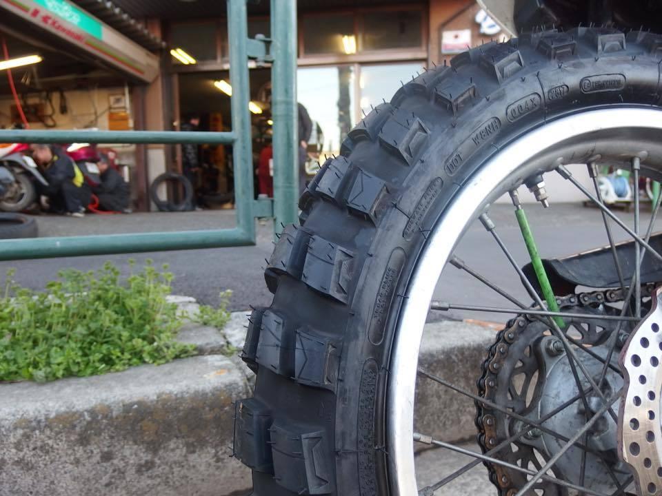 春に向けて新しいタイヤに_f0141609_22283322.jpg
