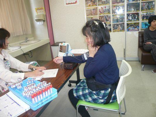 3/20 健康診断_a0154110_11172260.jpg