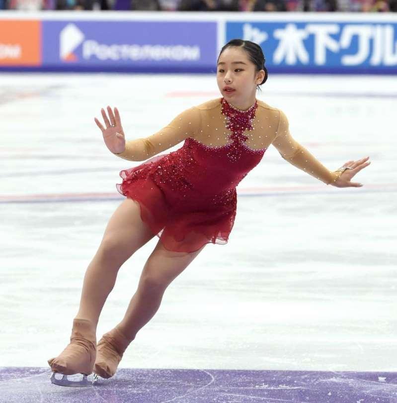 フィギュア女子山下「表彰台に乗れるなんて」豪快ジャンプで世界と戦う _b0064113_15501088.jpg