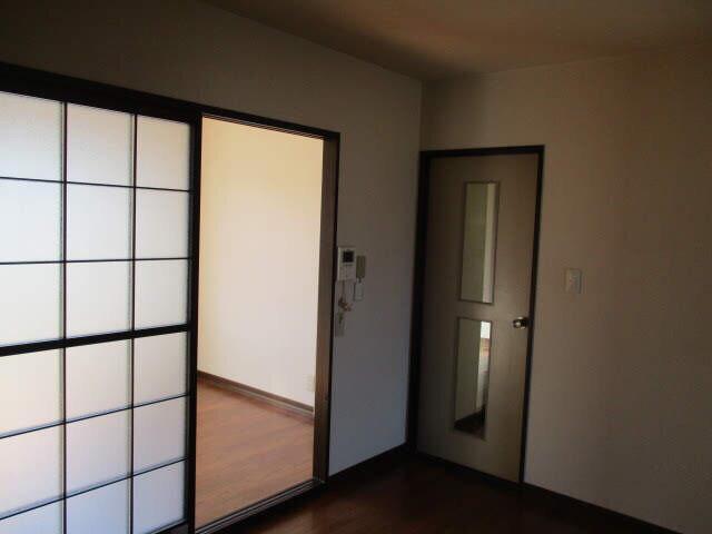 JA賃貸♪ リノベ前のお部屋公開_e0379544_09181131.jpg