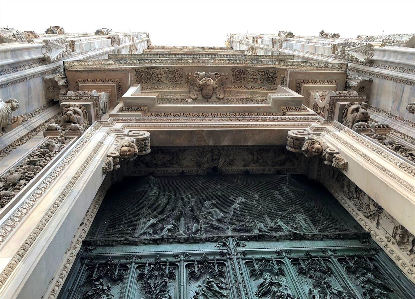 シチリア/ 45  荘厳なミラノ大聖堂 Ⅲ_a0092659_13102216.jpg