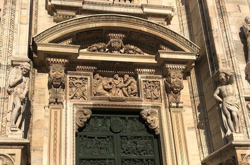 シチリア/ 45  荘厳なミラノ大聖堂 Ⅲ_a0092659_13414196.jpg