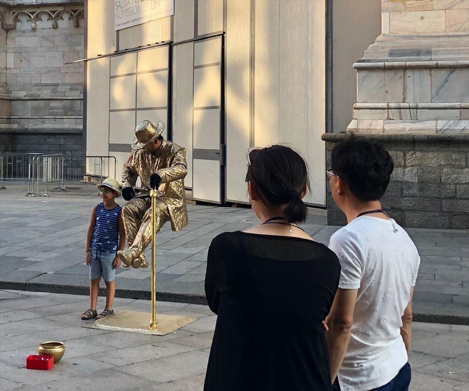 シチリア/ 45  荘厳なミラノ大聖堂 Ⅲ_a0092659_15513003.jpg