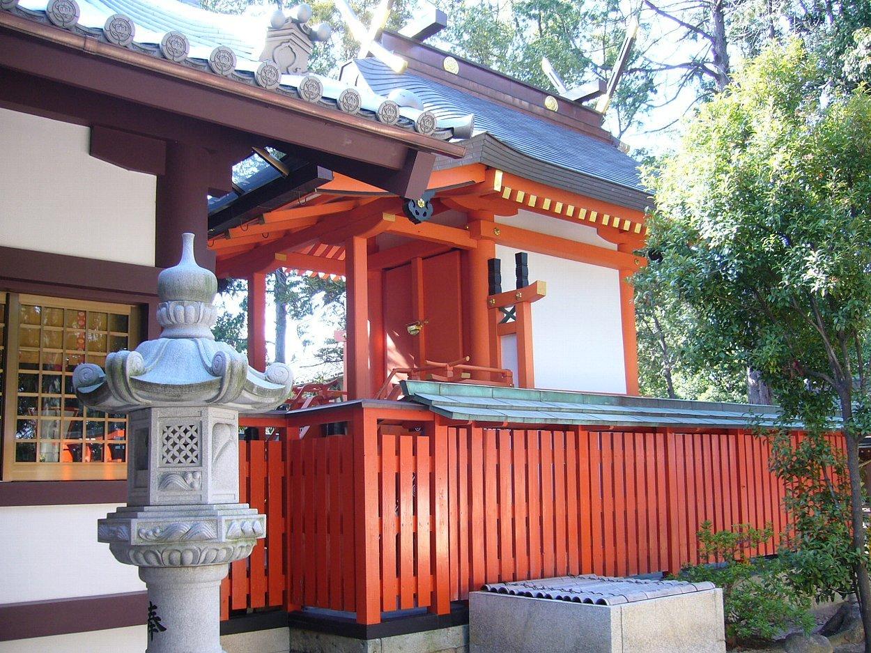 枚方市の神社 百濟王神社_c0112559_08205988.jpg