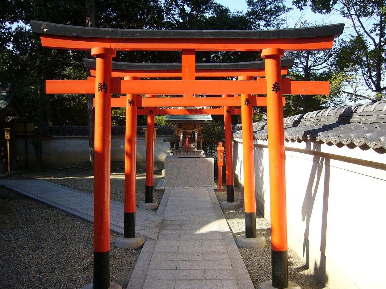 枚方市の神社 百濟王神社_c0112559_08241489.jpg