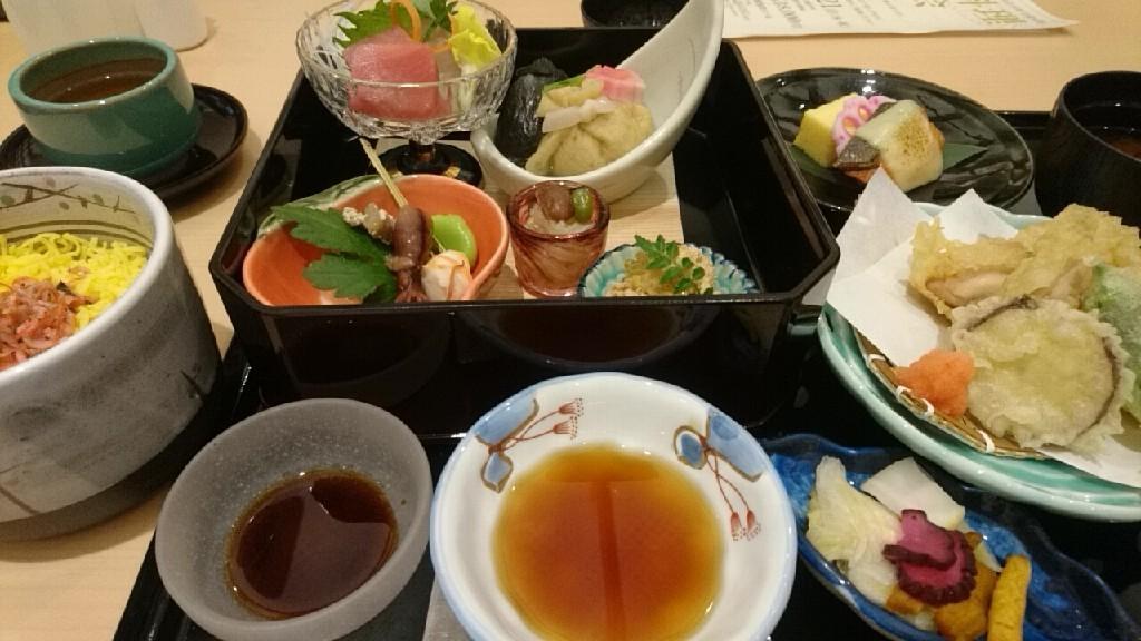 函館国際ホテル、日本料理松前_b0106766_21453461.jpg